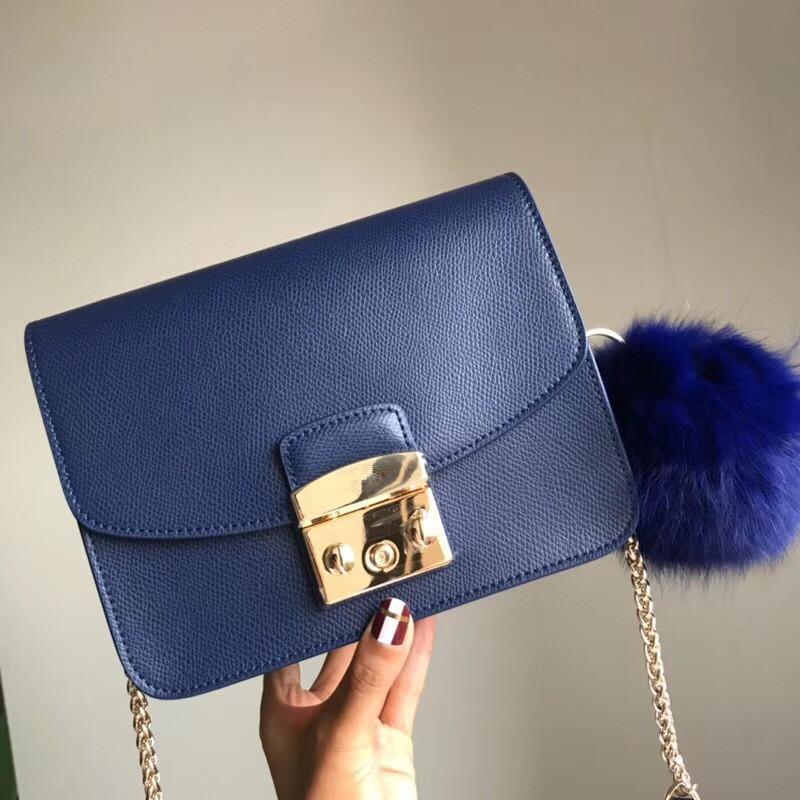 Designer-Medium Mode-Tasche echte Kuh Ledertasche berühmte Markendesigner echte echtes Rindsleder Tasche Frauen Schulterkette diagonale Taschen