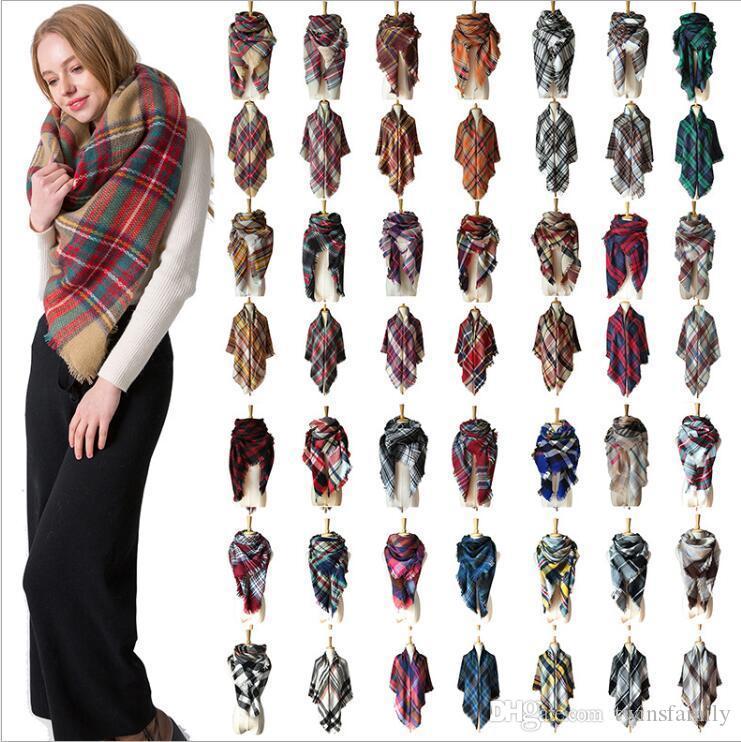 منقوشة وشاح الترتان طرحة الكشمير شتاء بنات المثلث غطاء وشاح مصمم كلاسيكي الاكريليك شالات شعرية تحقق الأغطية 179 اللون C6838