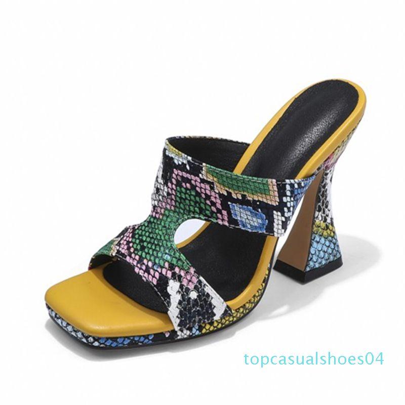 Salto Chinelo Mulheres Summer Fashion Cobra Pico Couro Salto Chinelos Sapatos Mulheres Sexy Comfort mulas Ladies Designer Slides t04