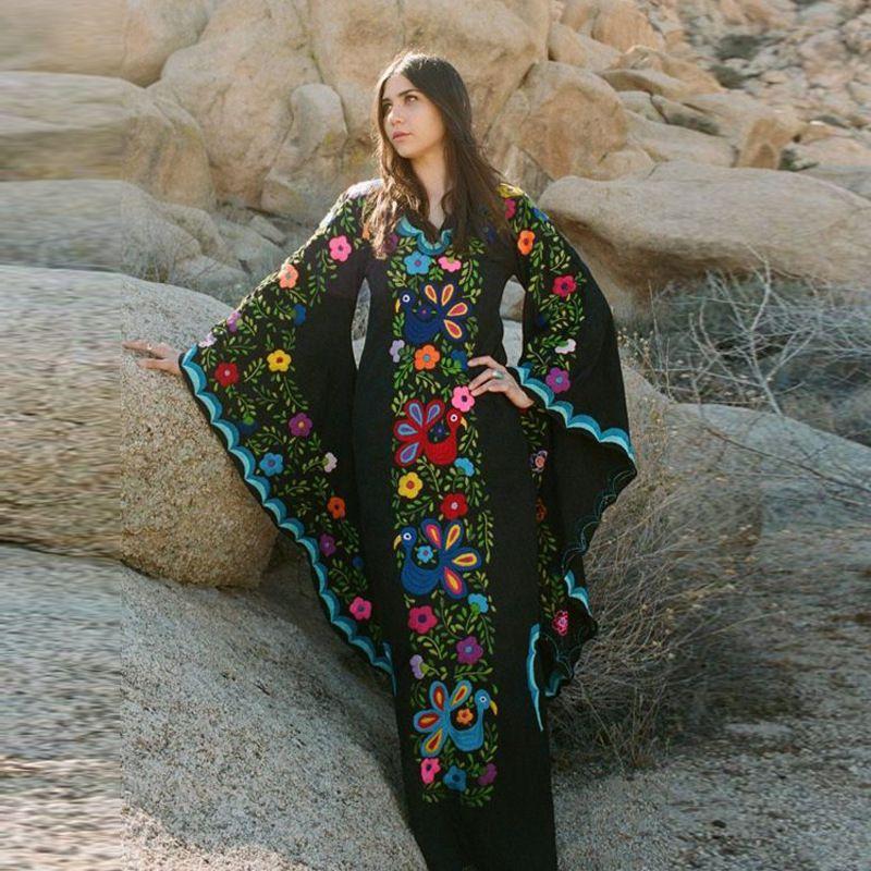 Sınır ötesi Avrupa ve Amerikan kadın sonbahar ve kış elbiseler bohem gece elbisesi yarasa kollu baskı elbise