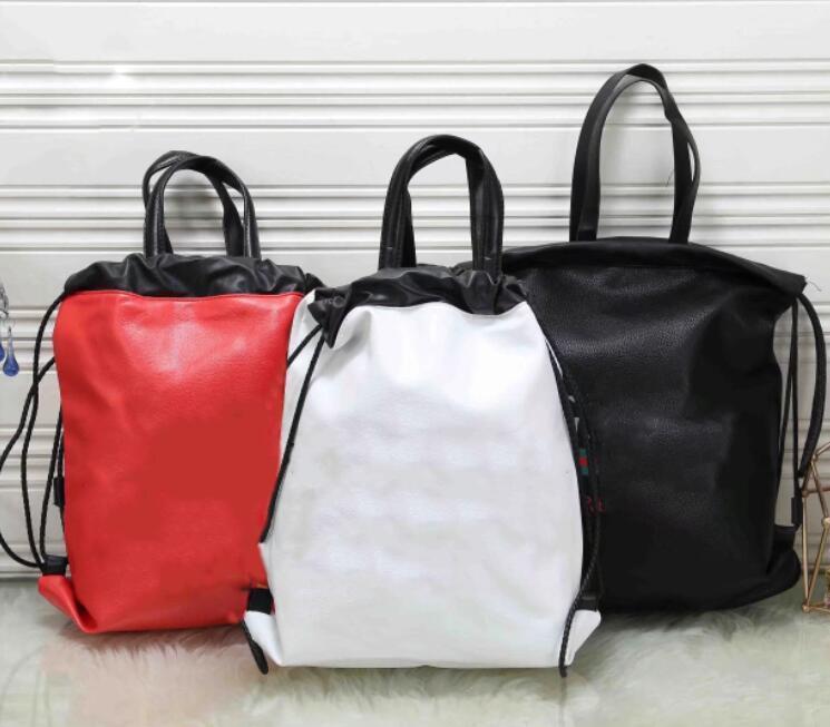 Borse da viaggio di grande capienza delle donne del sacchetto dello zaino dell'uomo casuale del progettista Viaggiare Zaino in pelle modo di alta qualità di lusso