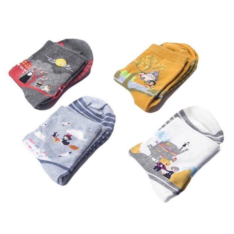 Bonito espirituoso dos desenhos animados Fora Ghibli Miyazaki Anime Mulheres Cotton Socks Harajuku caráter Totoro Stripes Socks engraçados de tripulação