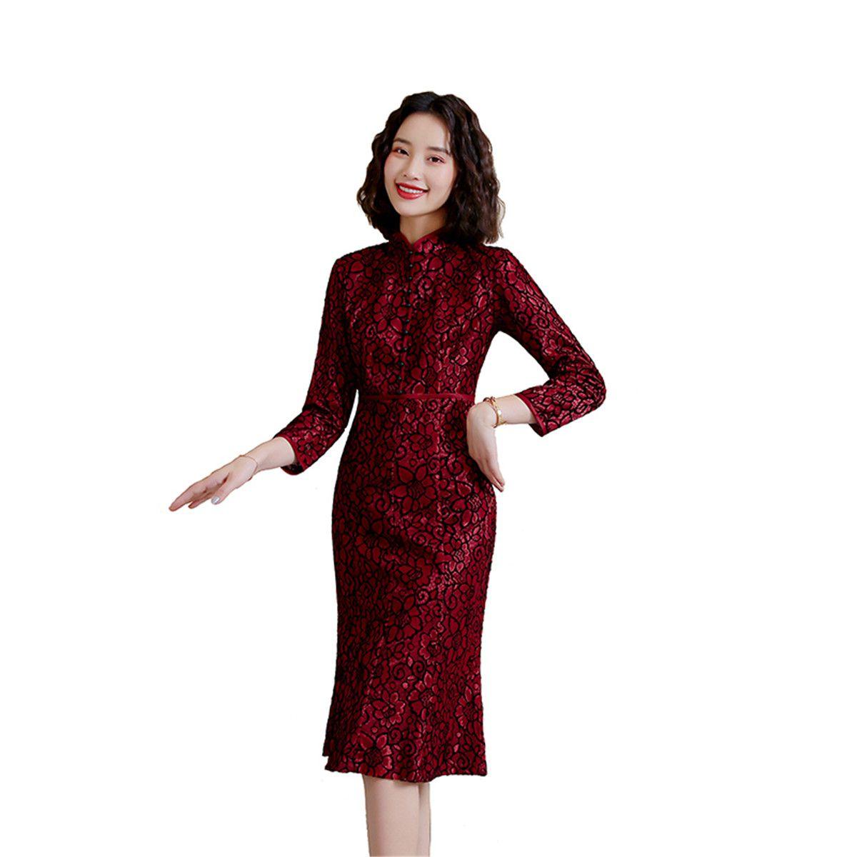 Shanghai Story a maniche lunghe cinese tradizionale abito in pizzo Cheongsam ginocchio lunghezza Qipao per Donna Primavera Red Wine