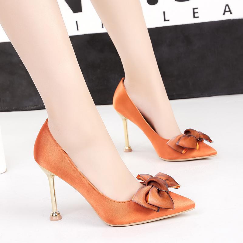 Pompes orange chaussures femme sandales noeud de talons hauts Shallow métal talon glisse Pointu de luxe chaussures vin rouge noir gris kaki