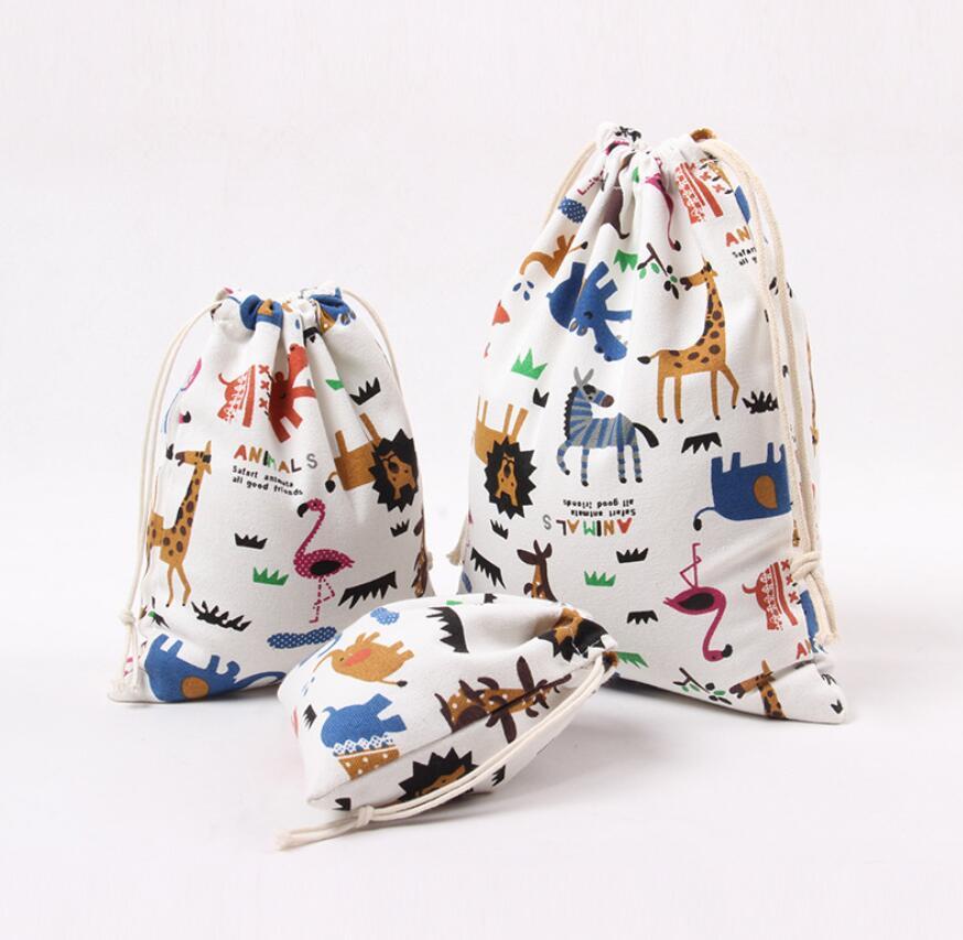 3Pcs Tier Printed 100% Baumwollsegeltuch Staubtuch-Beutel-Kleidung Socken Unterwäsche Schuhe empfangen Beutel Startseite Verschiedene Kinder Spielzeug Aufbewahrungstasche