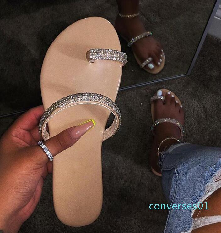 nouveau strass brillant pantoufles de diamants 2019 femmes chaussures diamant sandales plates en plein air chaussures de plage bascule seul doigt sauvage CO01
