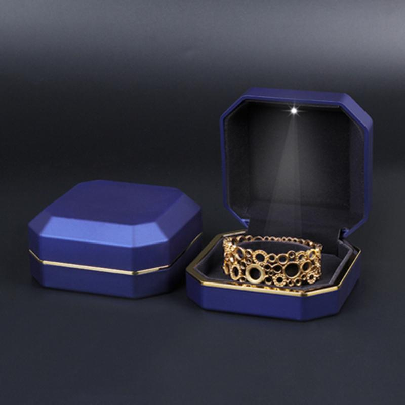 مجوهرات الصمام هدية حالة صندوق أنيقة قلادة سوار مربع مع الصمام الخفيفة ليوم عرض مجوهرات الزفاف الخطبة الحب