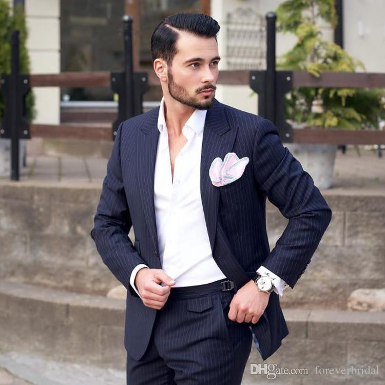 New Pinstripe Groom Wedding Tuxedos Peaked Lapel Men Pant Suit Handsome 2 Pieces Groomsmen Wear Formal Blazer