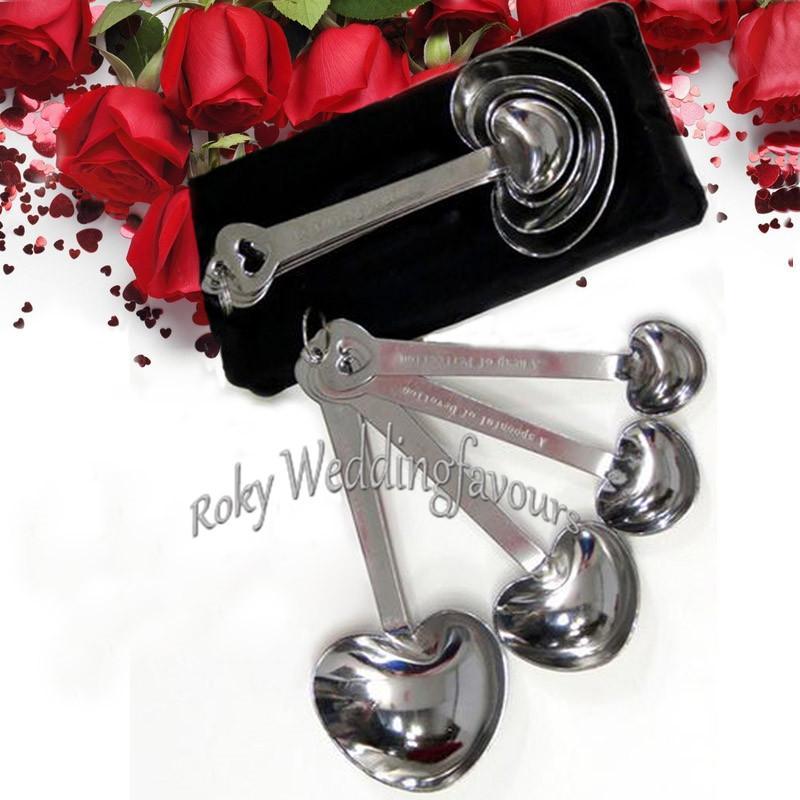 """50ets """"amour au-delà de la mesure"""" forme de coeur cuillère à mesurer 4in1 faveurs de mariage souvenir souvenir événement cadeaux cadeaux d'anniversaire Baby Shower"""