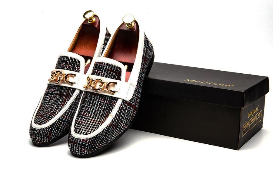 2019 Nuevo Slip On Mocasines Hombres de cuero de los hombres Zapatos casuales Moda banquete de boda Los hombres visten zapatos mocasines hechos a mano