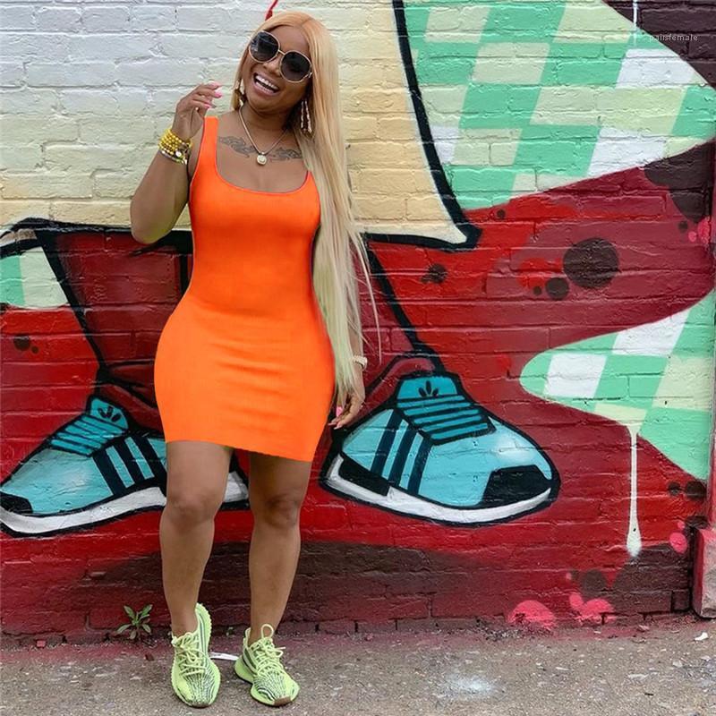 Kleider Mode Sexy ärmelfigurbetontes Kleid Schlank über Knie-Längen-lässige Schaufel Hals Weiblich Kleidung Womens Designer-Unterhemd