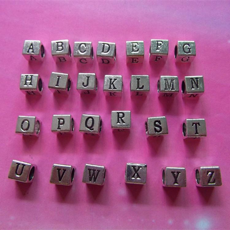 합금 A-Z 영어 편지 비즈 알파벳 매력 보석 자질을 만드는 보석 도금 혼합 된 편지 알파벳 큐브 조랑말 비즈