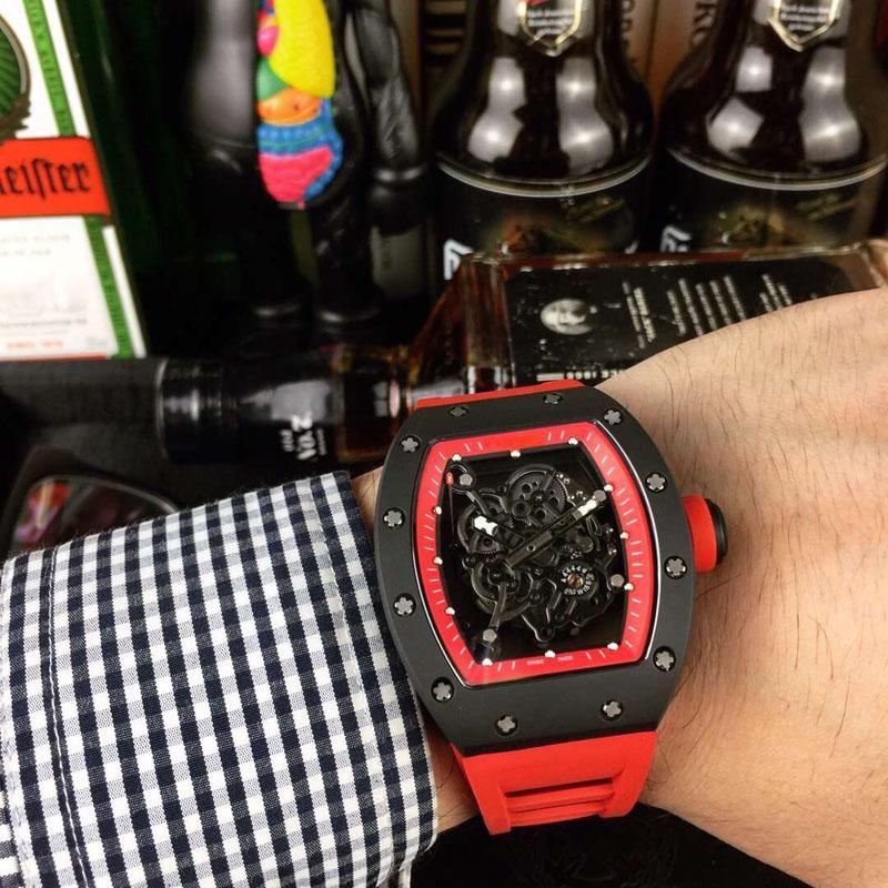 yeni varış Erkekler Mekanik Saatler lüks tasarımcı Erkekler'S Otomatik İskelet kauçuk kayış Erkek Saat Relogio Masculino tonneau İzle spor