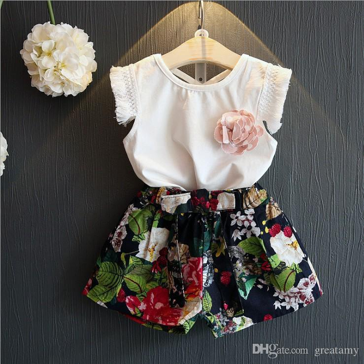 New design baby girls summer fashion outfits White T-shirt tank top vest with tassel sleeve+floral shorts 2pcs set baby girls clothing set