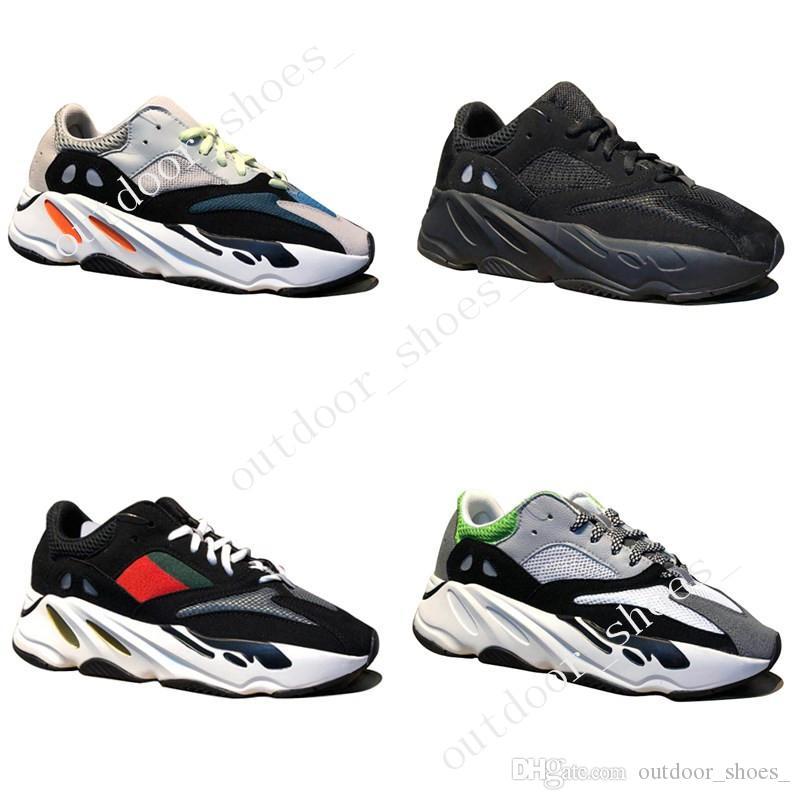 2018 Nova Kanye West Wave Runner 700 Botas Cinza Running Shoes para homens 700 s das mulheres dos homens Esportes Sapatilhas formadores designer de moda sapatos Causal