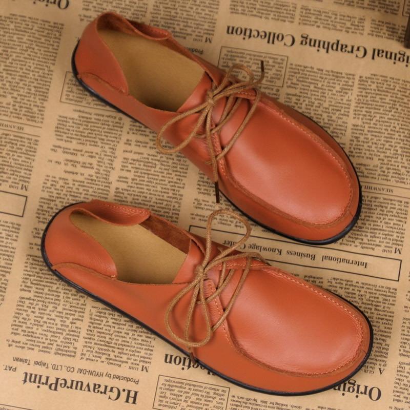 Schuh-Frauen 2017 echte Leder-Frauen-Schuh-Ebene 3 Farben Loafers Kuh-Beleg auf Frauen flachen Mokassins Plus Size 35-41