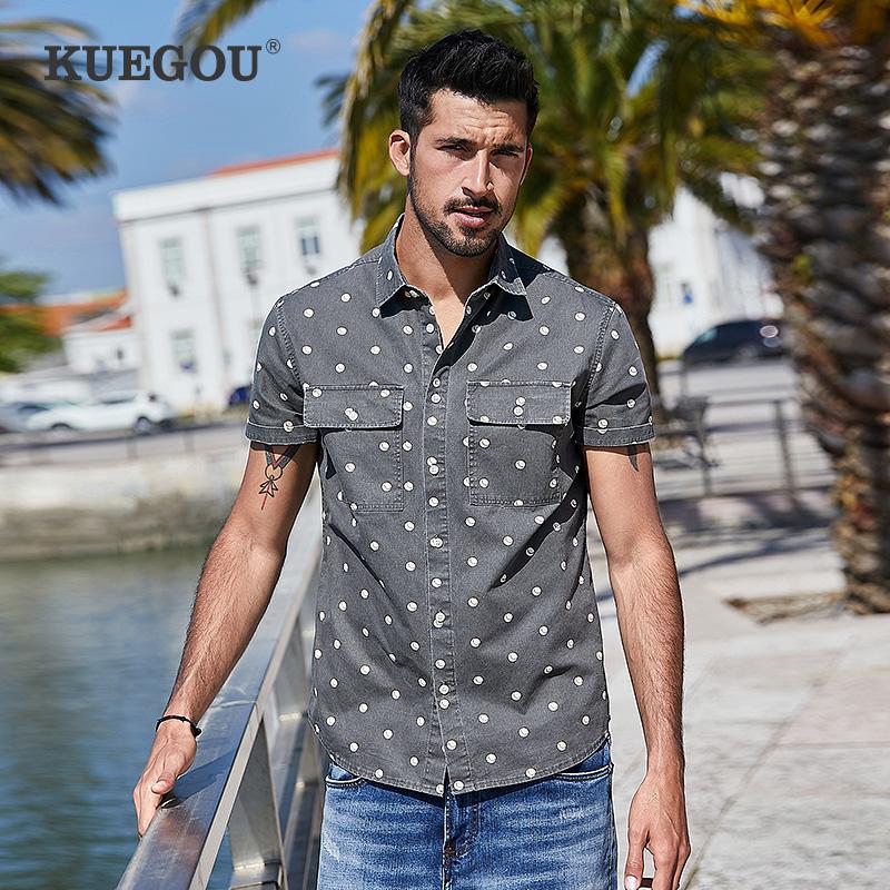KUEGOU Marken-Männer Kurzarm-Shirt festen Summer Fashion Druck aus 100% Baumwolle Tupfen-Shirts mit kurzen Ärmeln Männer BC-28313