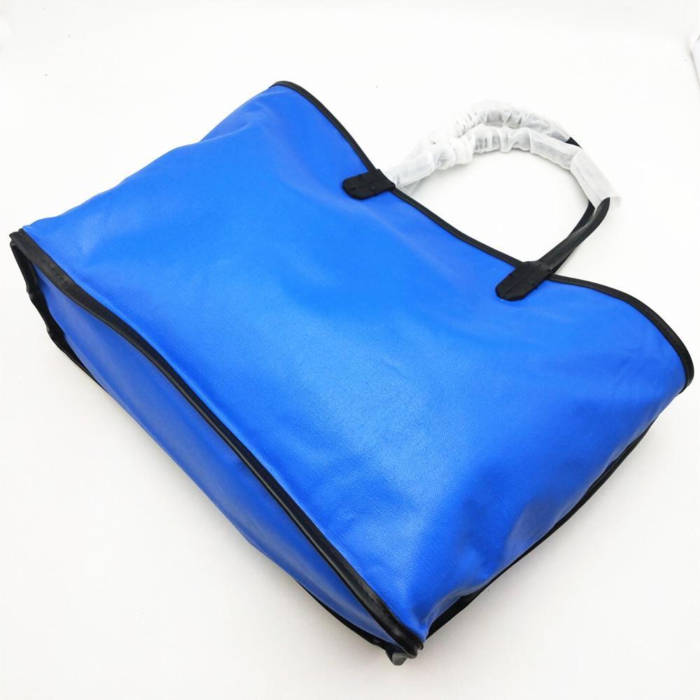 Borse Lady alta qualità delle donne di nuovo modo di acquisto della borsa Beach Bag Tote increspa tela con vera pelle Trim e manico