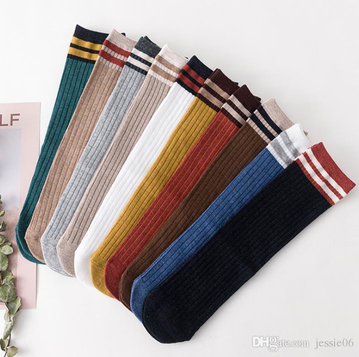 Calcetines de rayas de algodón de punto cálido y suave para mujer Calcetines de moda Colorido Casual Otoño Invierno Calcetines de clima frío calcetería regalos de Navidad de año nuevo