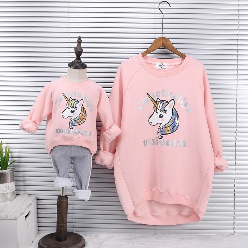 Mother Daughter Velvet Sweatshirts 2018 Winter Family Matching Thick Clothes Outwear Mom And Daughter Unicorn Print Clothes Tops Y190523