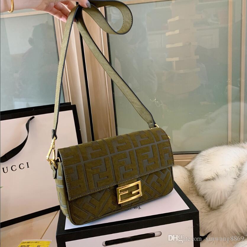 2020 styles Handbag célèbres designers de haute qualité Nom de la mode en cuir Sacs à main Fourre-tout Sacs à bandoulière dame en cuir Sacs à main pincent 21