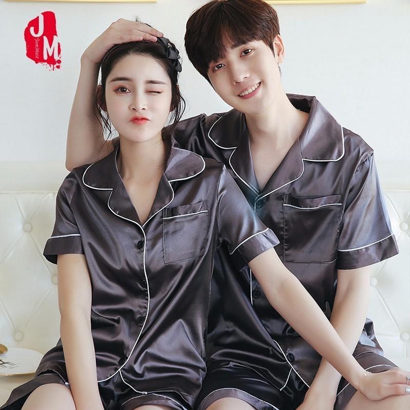 2018 Seta Uomini Pajama Set Solid Sleepwear abiti da uomo corta da uomo Pigiama Pigiami di Uomini raso di seta pigiama corto di Summer XXL XXXL