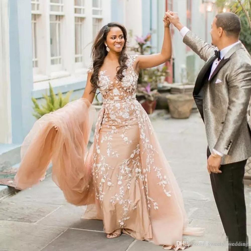 2019 Gorgeous Champagne Mermaid Wedding Dresses with Detachable Train Illusion Jewel Neck Short Sleeve 3D Lace Appliques Chapel Bridal Gown