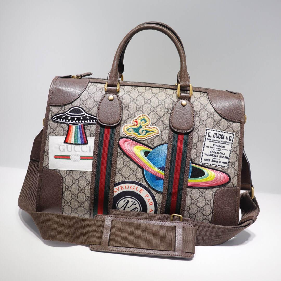 Sıcak 2020 artık en son omuz çantası, çanta, sırt çantası, bel çantası, seyahat çantaları, kalite, mükemmel Model: 459322 boyut 44-30-17cm