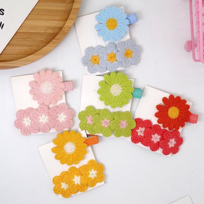 2 pezzi coreano semplice variopinto sveglio di lana a maglia Daisy Duckbill clip di modo della ragazza dolce fiore dei bambini clip di BB Accessori per capelli