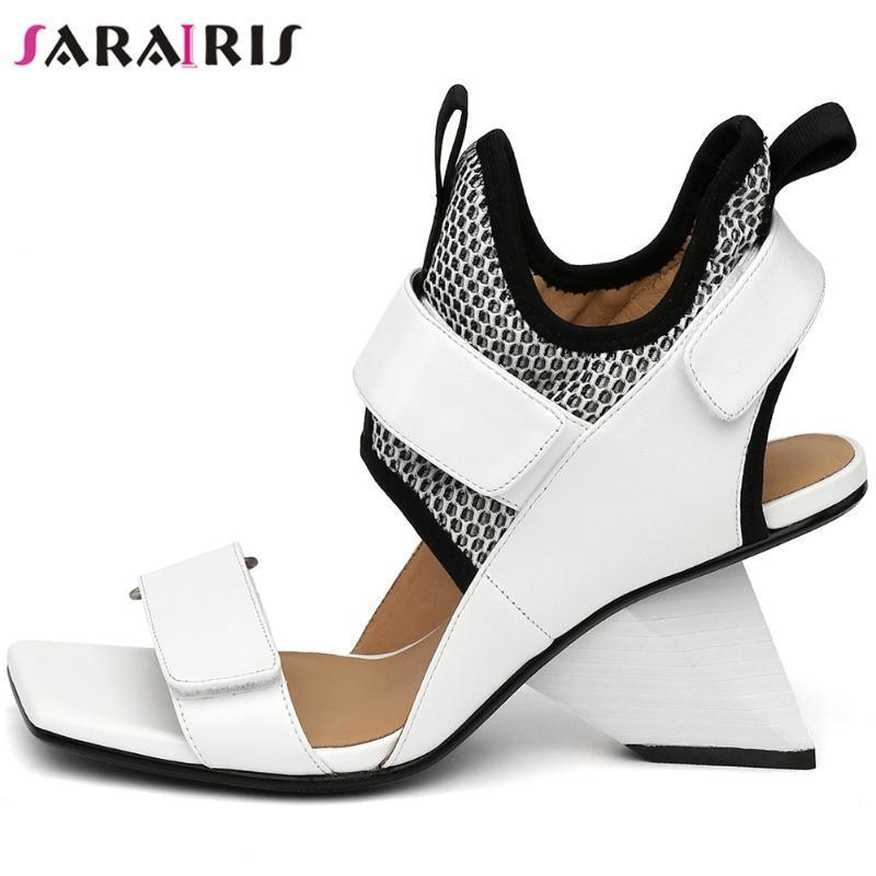 2020 punta abierta Hook Loop Stange estilo de los zapatos SARAIRIS Nueva Mujer de cuero genuino sólido verano de la manera mujeres de las sandalias de la mujer