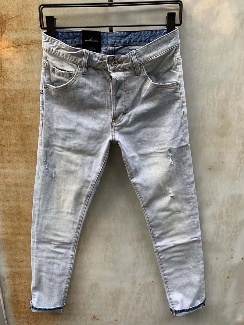 2020 봄과 여름 남자의 아홉 포인트 바지 슬림 청바지 남성 유럽과 미국 스타일의 복고풍 된 라이트 블루 홀 9 점 바지 패션