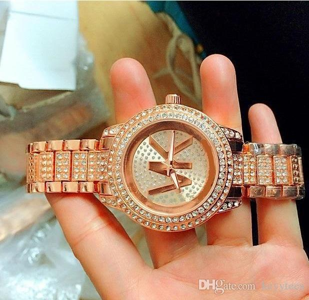 Moda Bayanlar pembe izle elmas saatler kadınlar Tasarımcı Kristal dial Gül altın bilezik İzle paslanmaz çelik saat