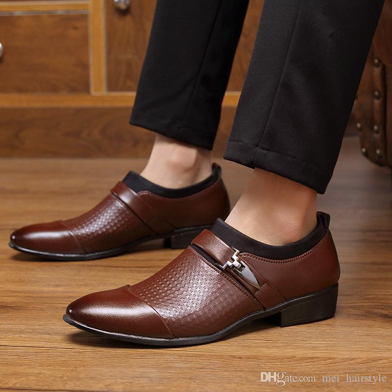 chaussures habillées en cuir hommes de haute qualité confortable slip-on bout pointu chaussures homme d'affaires de la mode grande taille 38-47