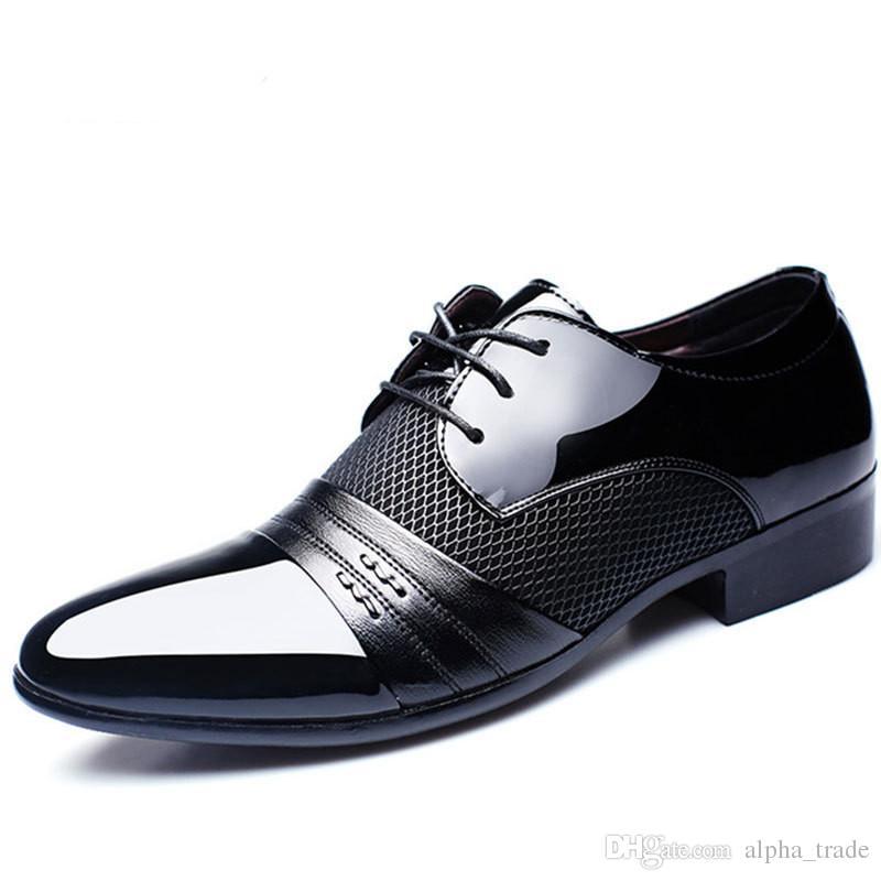 Luxe Homme Classique À Bout Pointu Chaussures Habillées Marque Mens En Cuir Verni Chaussures De Mariée Noir Oxford Chaussures Habillées Grandes tailles