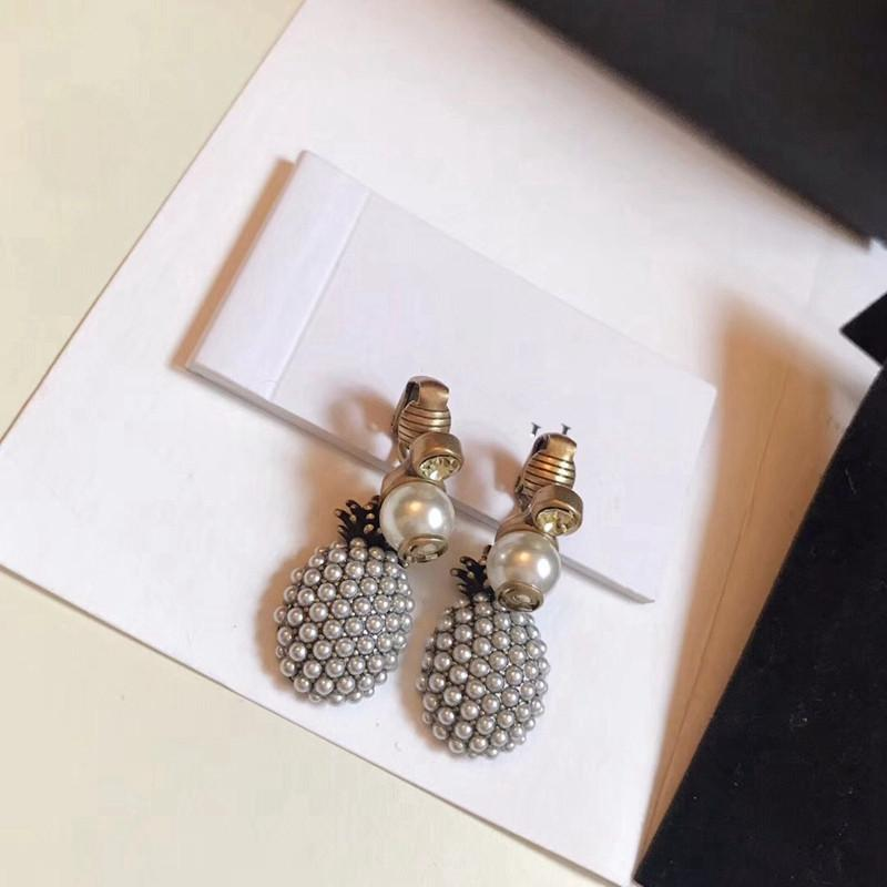 DZ Vintage Bronze Pineapple Stud Earring Full Pearl Women Wedding Letter Brass Gold Make Old Classical Jewelry C18122801