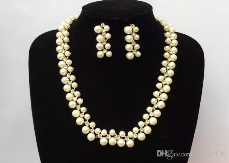 Nueva moda pop europea y americana accesorios simples accesorios collar de perlas de imitación traje de joyería de la novia
