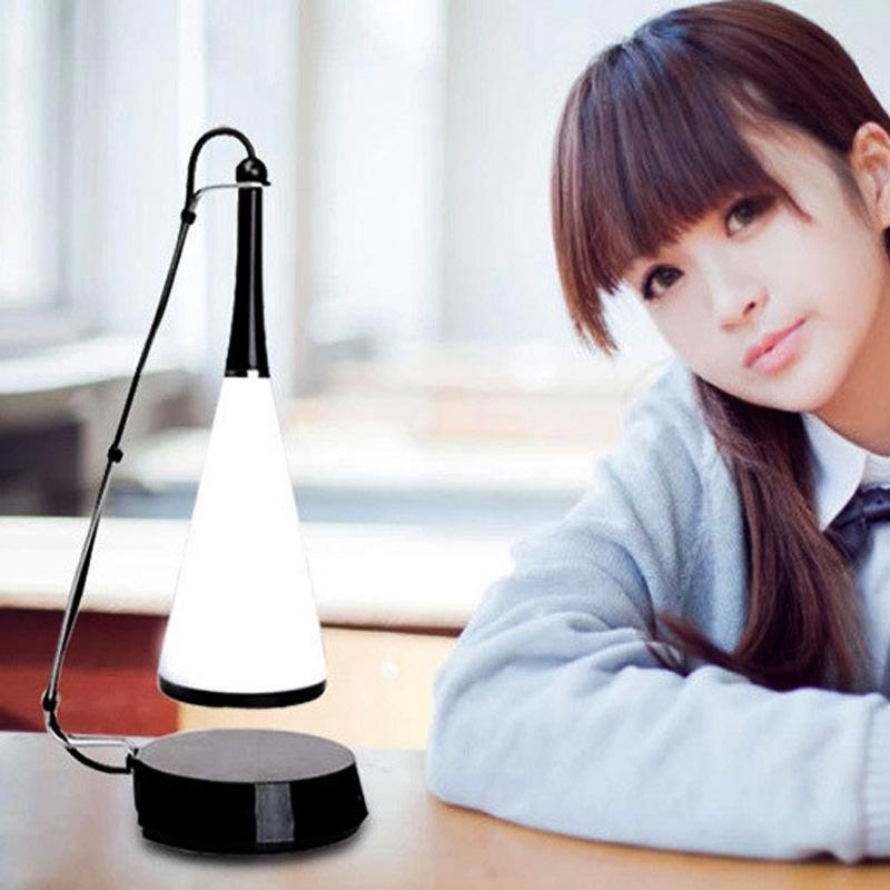 Novedades 2020 USB noche del tacto del sensor LED del altavoz Bluetooth inalámbrico recargable luz Música de mesa Lámpara Novedades anillo de luz RW236