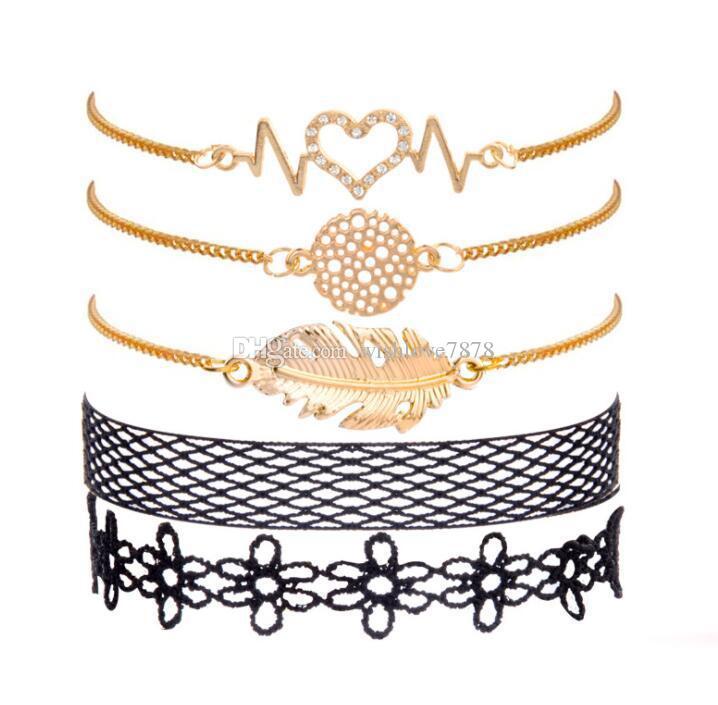Bohemian Kadın Moda Dantel Kalp Altın Yaprak Charm Bilezik Seti Giyim Takı Sevgililer Günü Hediyesi 5 adet / takım