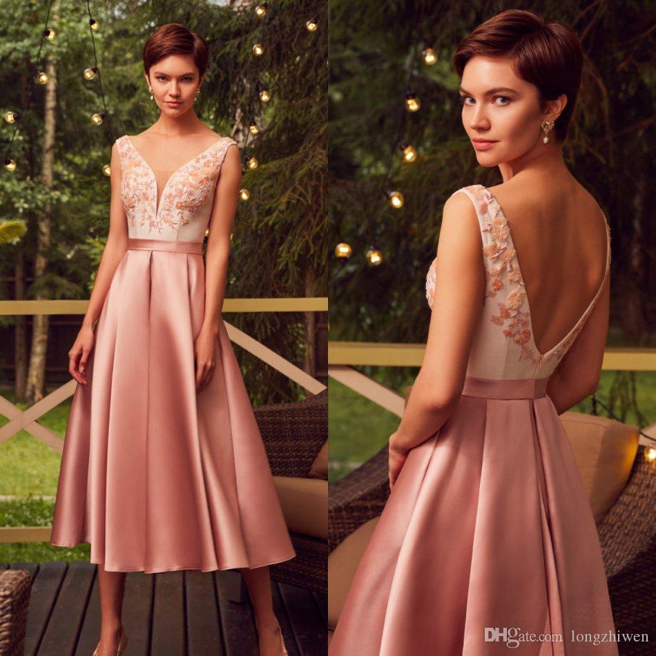 2020 mangas cuello una línea de vestidos de baile V Apliques satén de los vestidos de la longitud del té vestido de noche