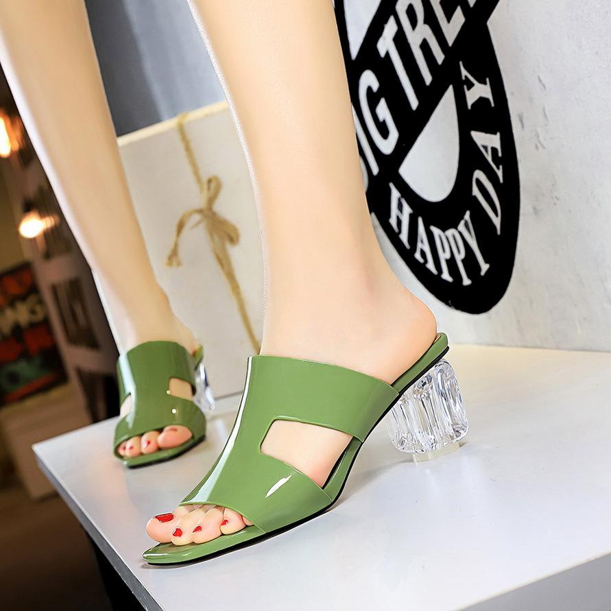 Горячие продажи- тапочки прозрачные тапочки Chaussure Transparente Femme толстые каблуки босоножки модные тапочки сандалии летняя обувь женщина