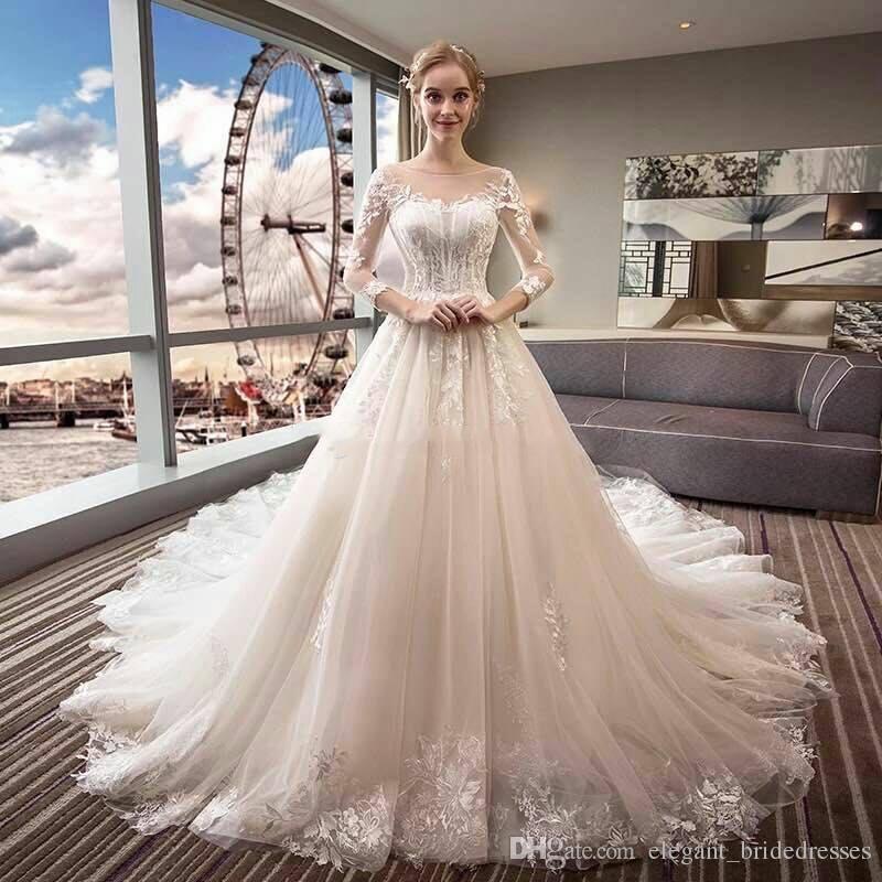 2019 robes de mariée en dentelle à manches longues Vintage pure cou une ligne tribunal train jardin château robes de mariée robes De Novia personnalisé