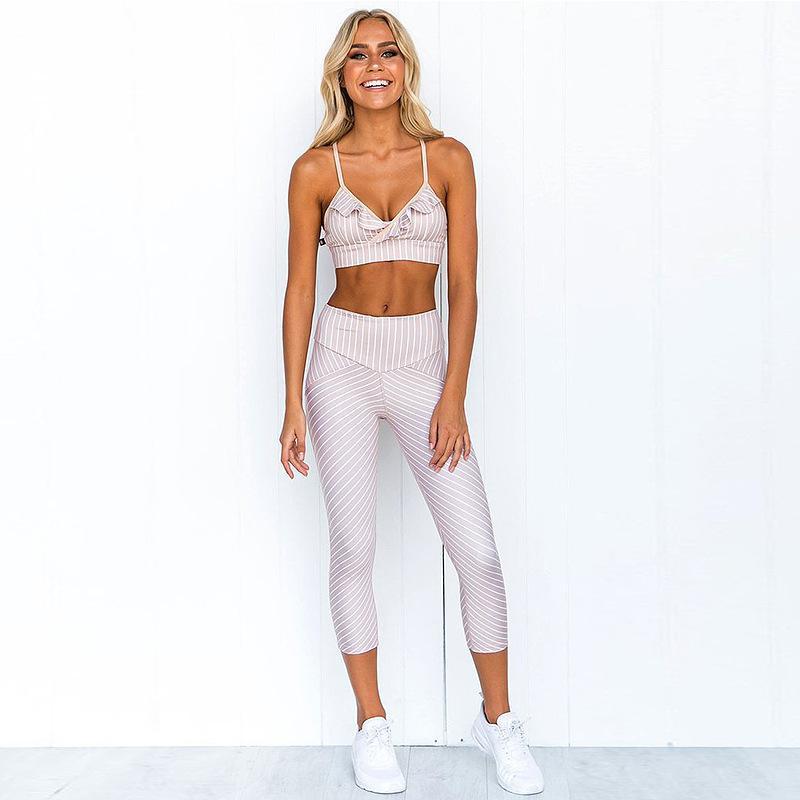 Gros- gros ensembles de yoga respirant sexy Patchwork femmes sport manches Halter Tight fitness sport pantalons de yoga Costume Sets