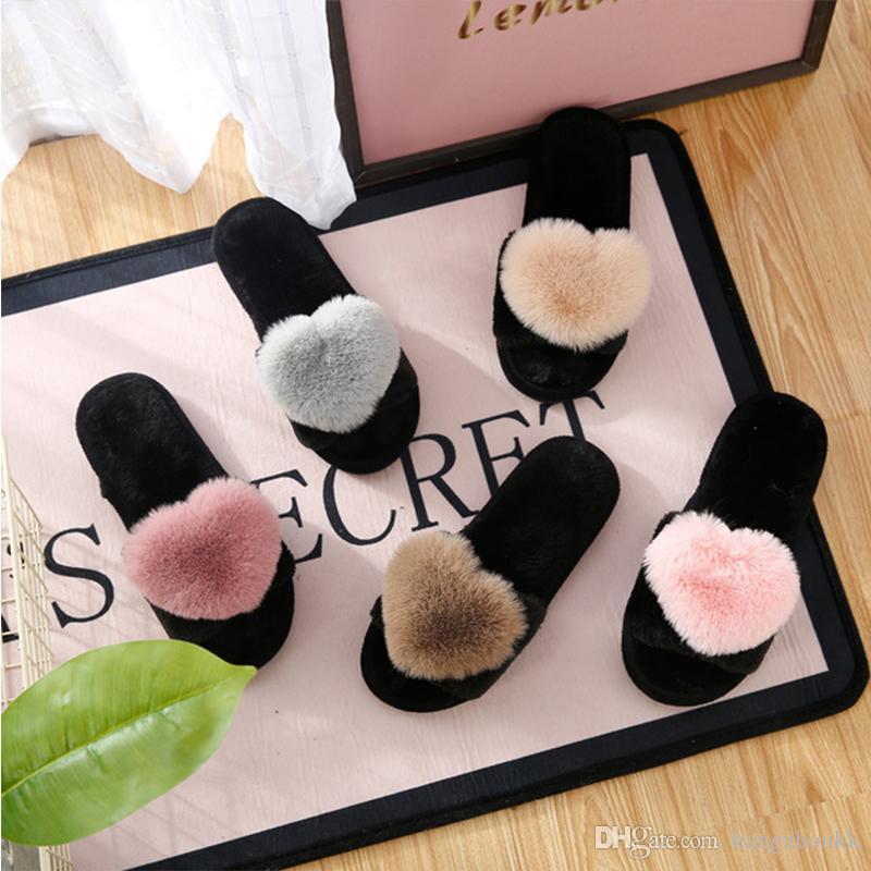 Женские тапочки для женщин Love Heart Хлопчатобумажные тапочки Зимние нескользящие полы Домашние меховые тапочки Женская обувь для спальни