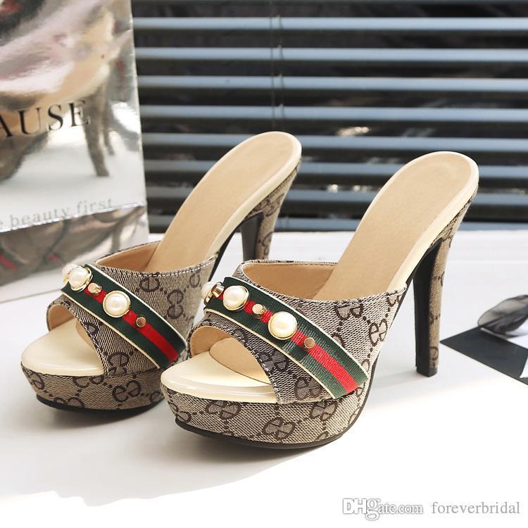 الصيف المرأة مصمم عالية الكعب الشرائح المفتوحة تو بو الجلود منصة عالية الصنادل أحذية السيدات الأزياء الفاخرة النعال الصنادل