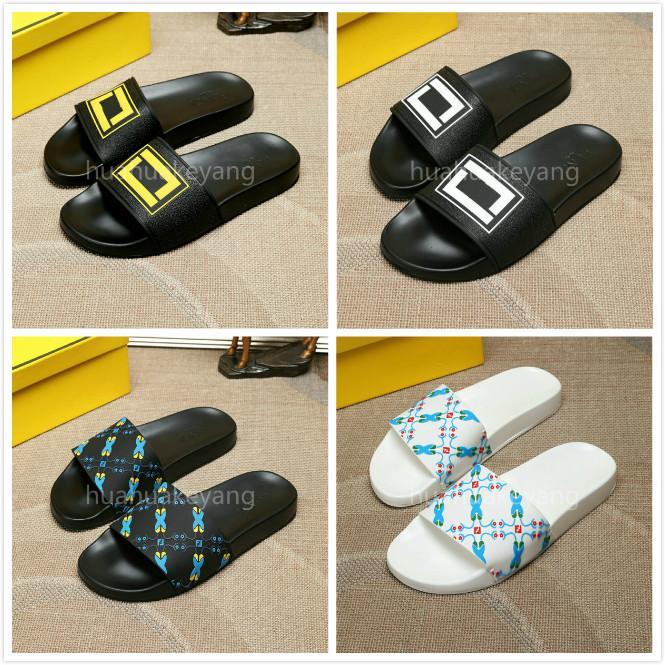 2020 hombres de diseño clásico de la manera Zapatos de verano Diapositivas plano ancho resbaladizo playa sandalias del deslizador del flip-flop Tamaño 38-45