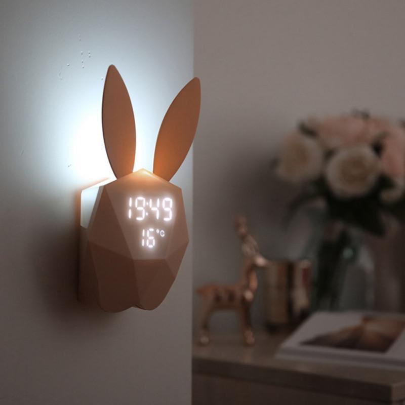 Digital Alarm Clock Mode LED di tocco di controllo di voce della Notte Tempo elettronico di temperatura Home Decor Tavola orologio sveglia