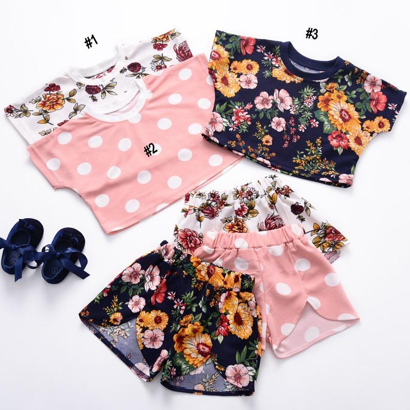 Bebek Giysileri 2 ADET Set Çocuklar Takım INS 2019 Kızlar Çiçek Prited Kısa Kollu Kısa Pantolon Çocuk Giyim Q374 Tops