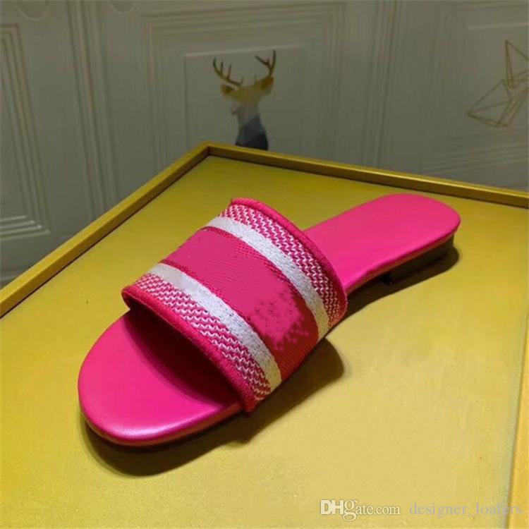 2019 Summer Women Beach Sandals Genuine Leather Designer Slide Best Quality Slippers Luxury Women Flip Flops Flats Shoes Q-330