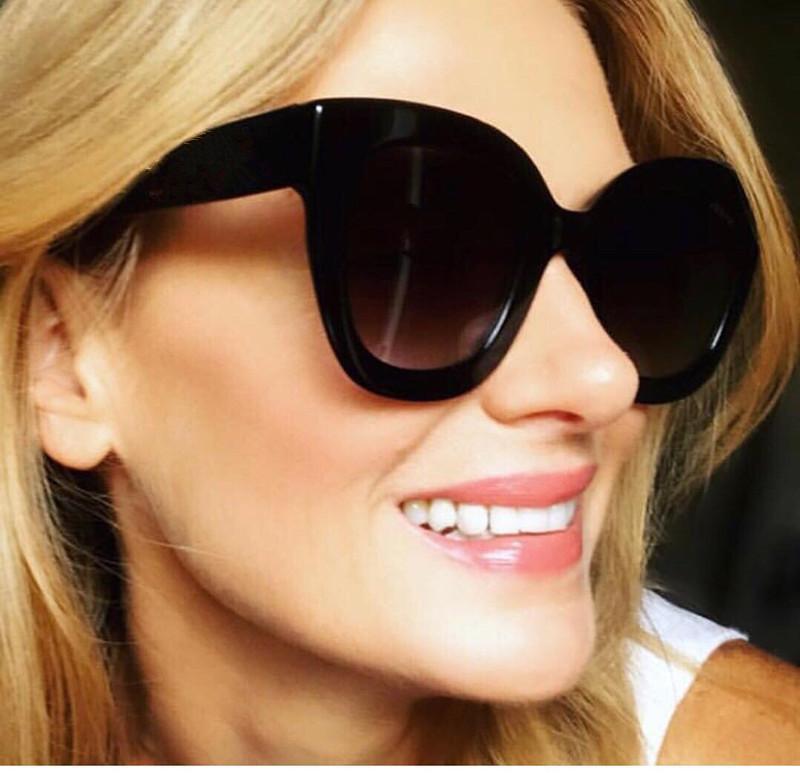 Estilo Gafas de sol para las mujeres Top Verano con el rectángulo popular Venga Marco 0208 Calidad Protección Caliente UV Full Square Selling Style Packag CMRV