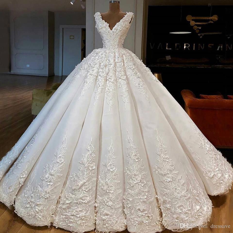 Плюс Размер Свадебные Платья 2020 Новый Роскошный Арабский Дубай Глубокий V-образным Вырезом Кружева Аппликация Суд Поезд Свадебные Платья Невесты vestidos de novia